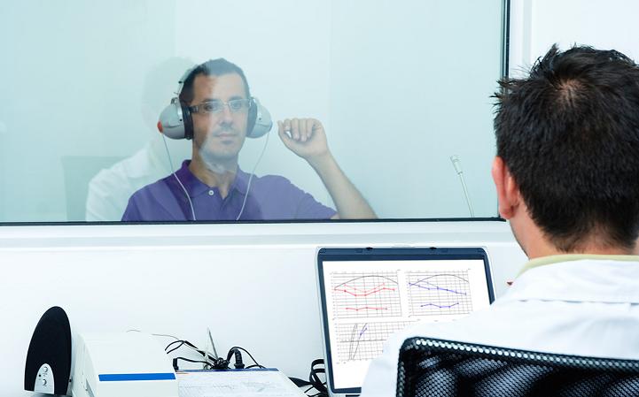 تست شنوایی سنجی برای استخدامی